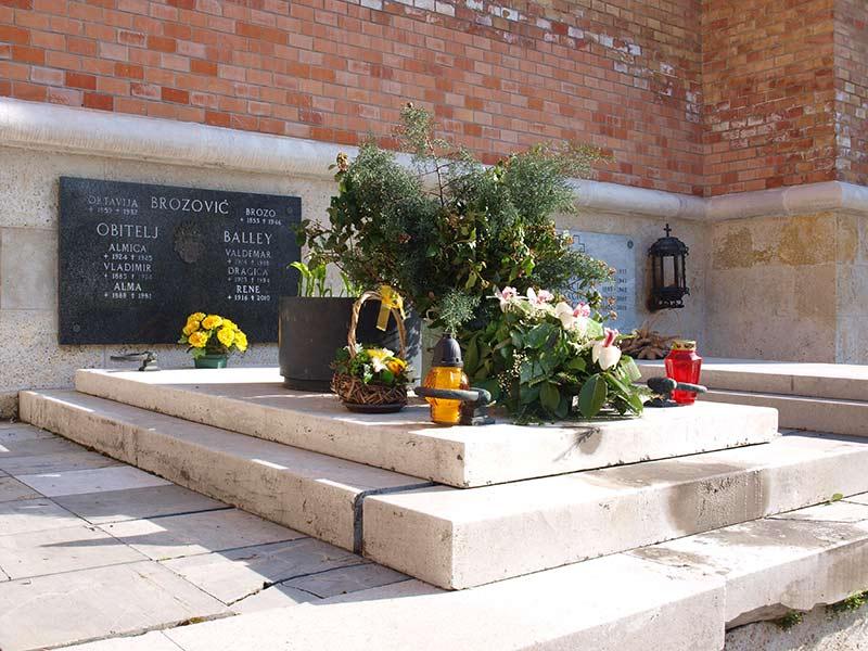 Grob Alme Balley na Mirogoju